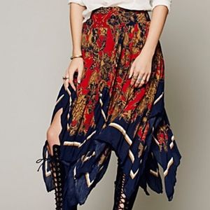 FREE PEOPLE FLORAL FLY AWAY SKIRT